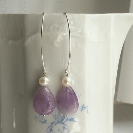 Amethyst and pearl drop earrings