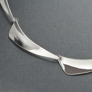 Linked sterling silver choker necklaceer