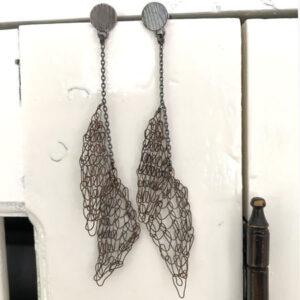 dark Aculeus earrings - Milena Zu