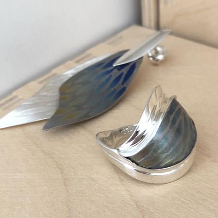 Blue splash niobium and silver ring