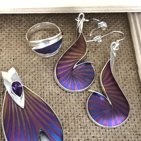 Purple dance silver earrings