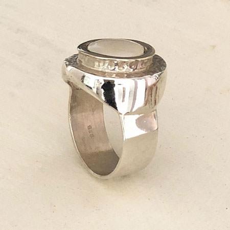 Athena pearl ring