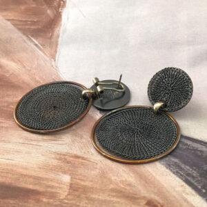 earrings in black and bronze